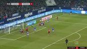 第61分钟弗赖堡球员多米尼克·海恩茨射门 - 被扑