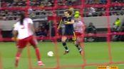 第58分钟阿森纳球员大卫·路易斯射门 - 打偏