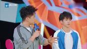 《王牌对王牌4》刘宇还边过杆边自拍,沈涛说还拍得这么体面