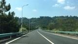 广西桂林到贵州贵阳:桂三高速,包茂高速,厦蓉高速