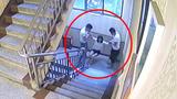 警方通报云南女孩坠楼事件复核结果:维持不立案决定