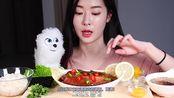 (Fume)自制大酱油鲑鱼 鲑鱼卷和自制的葡萄柚茶+起泡水