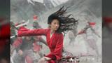 刘亦菲和《花木兰》导演同框,神仙姐姐粗壮胳膊小腿抢镜:意外撞脸巩俐
