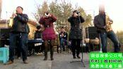 9nx 美女唢呐领队表演,太精彩了,又吹又跳的,很辛苦