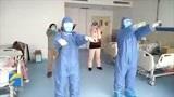 山东医疗队在黄冈大别山区域医疗中心教呼吸操 强身健体一起来运动!