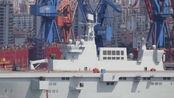 跟外国攻击舰不同,中国075船头又厚又方:暗示歼15滑跃起飞