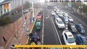 沧州:女子昏倒在公交车上众人暖心及时送医