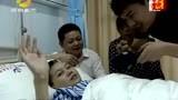 男子跪求母亲给户口本与病重的女子领结婚证,泪奔