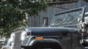 C206L奔驰C260 L我想了一百种喷它的方法,却因为这个颜色原谅了它!真是绿的通透敞亮,而且还不加价!-汽车-高清完整正版视频在线观看-优酷