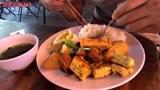 越南河内街头18个菜的快餐,这是我来越南吃的最贵的快餐了