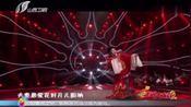 黄梅戏演员李伟上演《女驸马》选段,唱腔唯美动听,百听不厌