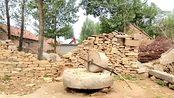 山东临沂沂蒙山区最古老的石碾,不知道它喂养了多少的村里人
