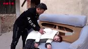 丈夫怪妻子怀个女孩晦气,抓住她又打又骂,流产后报应来了