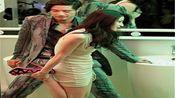 香港女演员与富商在商场厕所逗留30分钟 遭网友指责不检点