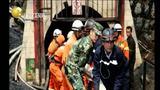云南曲靖一煤矿发生透水事故 22人被困          弹窗  关灯