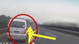 这种祸害直接终身禁驾,面包车司机高速上逆行冲撞警车!简直太嚣张了!