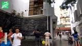 深圳中英街一半在香港一半在深圳,出入需要办理通行证,人山人海