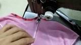 穿腻的圆领衣服改成V领,动动自己的巧手,不拆不剪2分钟完成