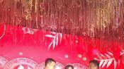 婚礼现场,司仪对新娘提出隐私问题,没想到新娘回答这么绝!