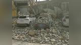 忻州市定襄县一栋老房子倒塌 多辆车被砸