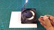 用电脑散热风扇和磁铁制作发电机,用来给手机充电,真的有用吗?