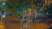 唐人街探案2:凶手公园行凶,正好被三人组撞见,吓的落荒而逃