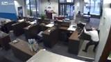 男子独自去银行办理业务,幸好保安大叔反应迅速,不然后果不堪设想