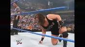 绝世无双大长腿女神,降临WWE擂台,观众沸腾了。