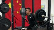 膝盖积水前交叉韧带损伤四个月后恢复深蹲训练(第四周,4x6,130kg)