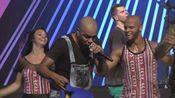 Molejo、Léo Santana《Samba Diferente》