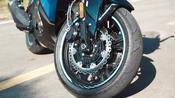 双缸引擎的摩旅!双肾式大灯+ABS+液晶仪表+盘刹,极速达155