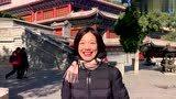 小龙女龙婷跟随电视台拍摄队来到北京八大处