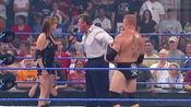 WWE:WWE老板漂亮女儿斯蒂芬妮 vs 布洛克莱斯纳,大布还真下狠手!
