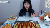 【正常速剪说话版】+【快进版】弗朗西斯卡吃自制巨型蛋包饭、泡面