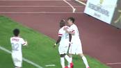 【进球】杨超声献助攻 詹姆斯推射反超比分