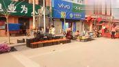 河南:河南周口 太康县高朗乡解封后的街头人越来越多