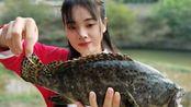 3斤大石斑鱼,加上豆浆在大火上一炖,一个人吃真过瘾