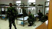 特种兵:新兵找兄弟打牌,谁知他们一个个都忙着写申请书,太扫兴