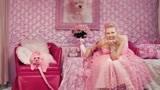 美国老太太痴迷粉红色,连她的宠物都刷成粉红色,人送外号粉红女郎
