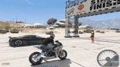单机游戏: 游戏里最快的摩托和最快的跑车直线加速比赛, 谁能赢?