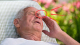 脑溢血发病前的3个症状,家中有老人千万要注意,尤其第一种赶紧去检查