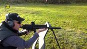 配备消音器的小口径步枪,发射.22lr口径弹药,靶场射击测试