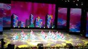 费县探沂舞之韵小演员们在临沂广播电视台录制春晚舞蹈一京韵