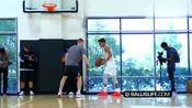 特雷·杨篮球训练,突破能力不错,跑位底脚三分准得很!
