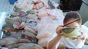 大姐在福建开了10年海鲜小吃店,10元一碗肉比饭多,吃得过瘾