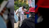 突发!港媒:香港特别行政区立法会议员何君尧被人刺伤
