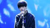 """王俊凯20岁生日直播当天""""被亲了"""",原因笑翻粉丝团"""