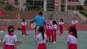 [配课件教案]2.一二年级体育《3.单手持轻物投准与游戏》贵州省一等奖