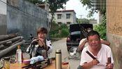河南许昌市,民间女大师唢呐吹奏歌曲《两只蝴蝶》,非常经典好听