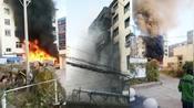 辽宁铁岭科技馆突起火灾,黑烟蔓延整栋楼,墙面直接被熏黑